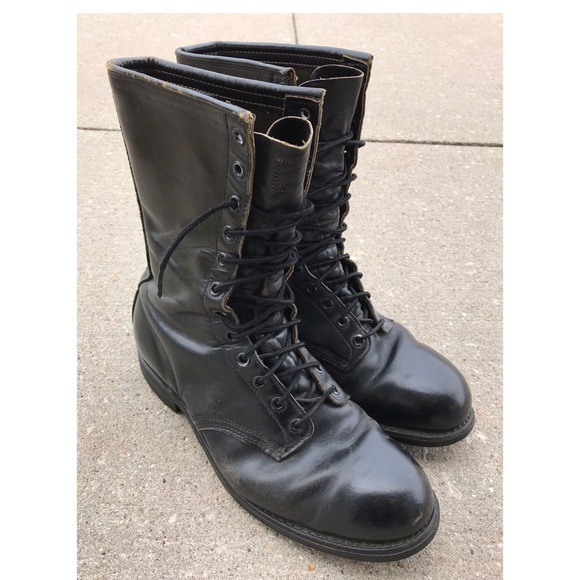 31a5dfa02e2 Vintage 90's Wolverine Leather Steel Toe Boots